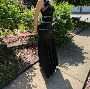 Beautiful Cache Prom Dress